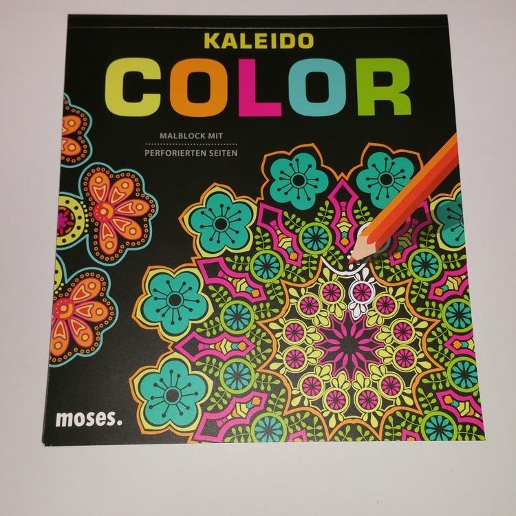 kaleido-color-livre-gribouilleuse