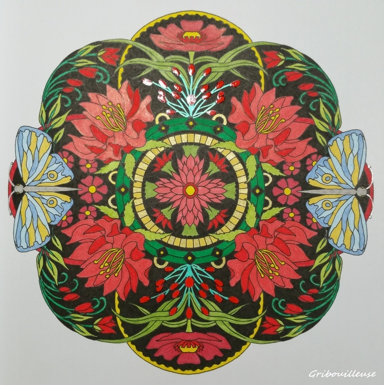 Mandalas fleuris 4