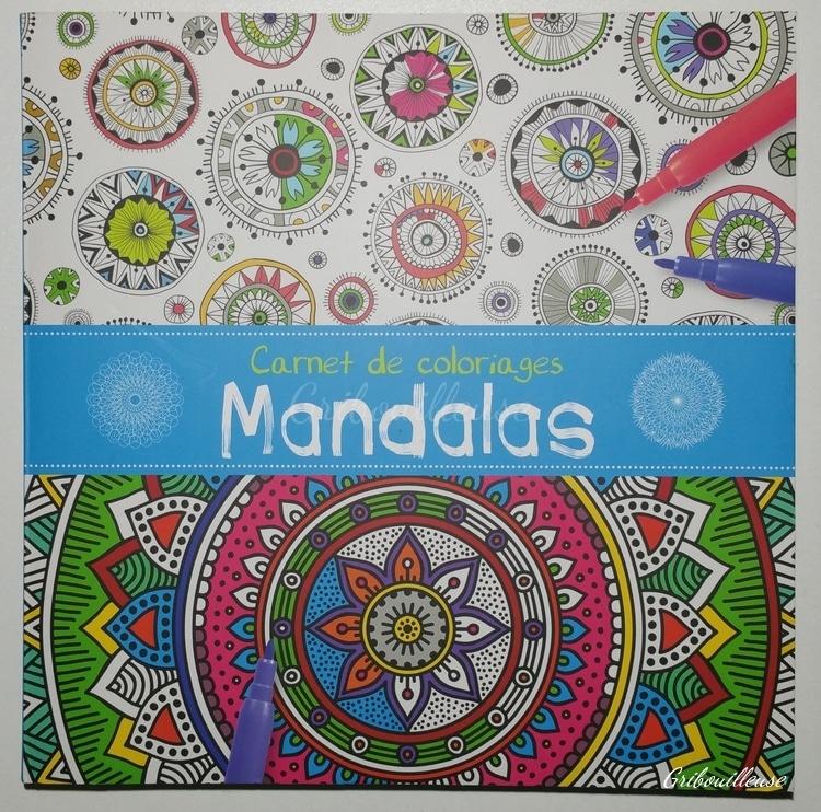 Présentation : Carnet de coloriages Mandalas