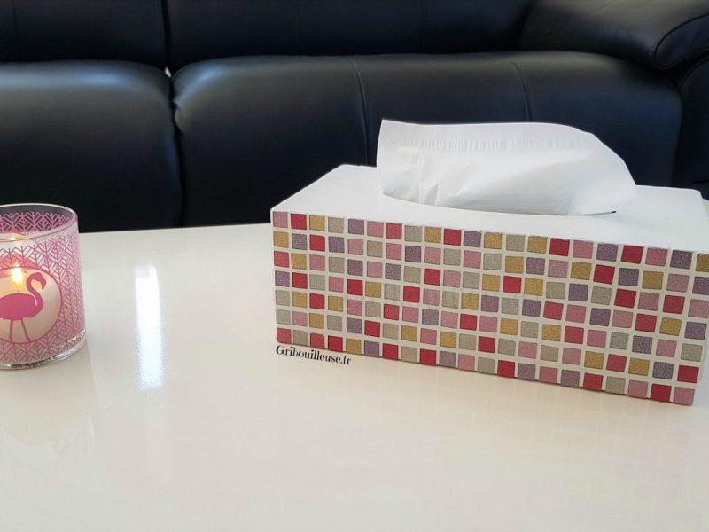 Mosaïque : ma boîte à mouchoirs pailletée