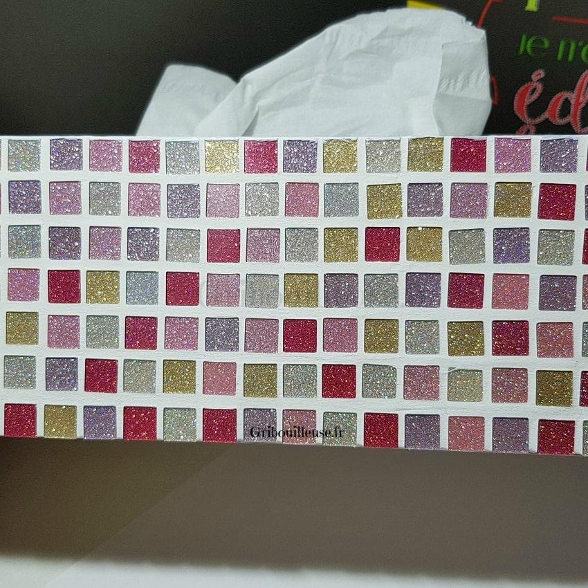 Boite à mouchoirs en Mosaique