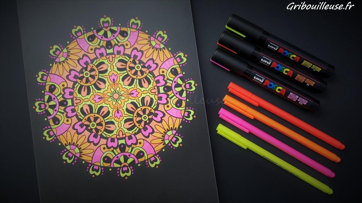 Mandalas Nuit – Du fluo ? Pourquoi pas !